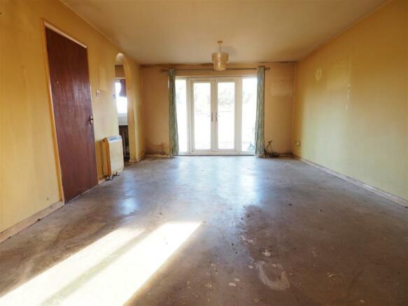 Living Room 473