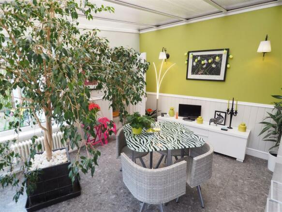 Garden/Breakfast Room 365
