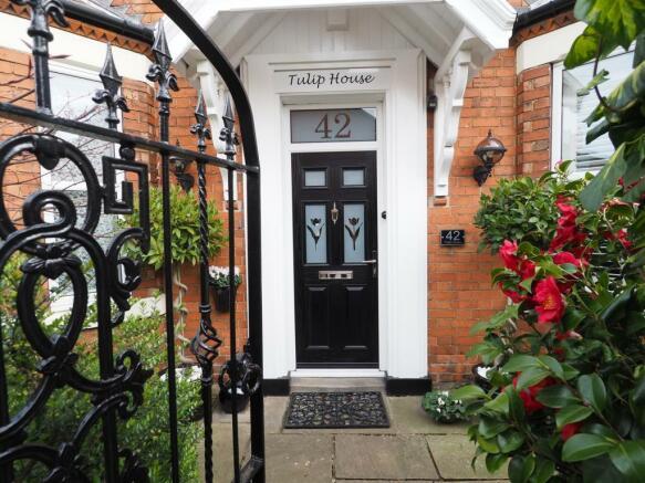'Tulip House' 160