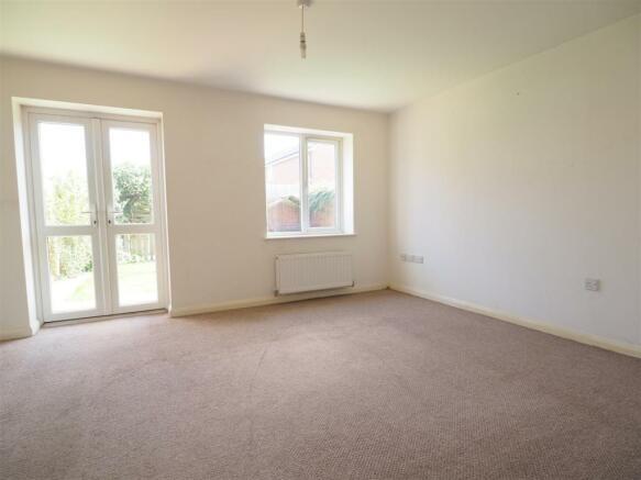 Large Living Room 470