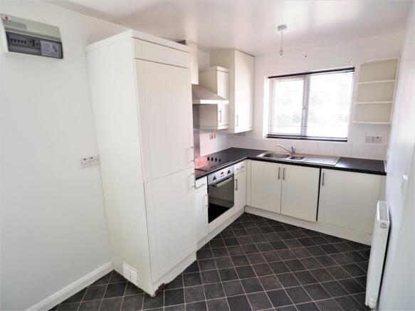 Modern Fitted Kitchen 464