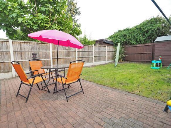 Private & Enclosed Rear Garden 791
