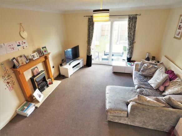 Large Living Room 283