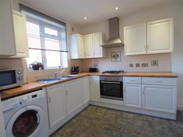 Fitted Kitchen 510
