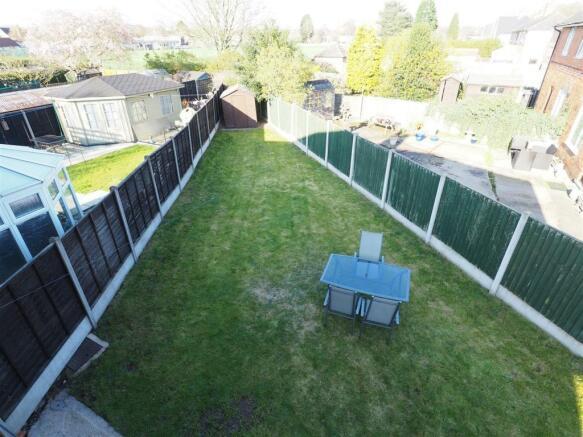 Well-Proportioned Rear Garden 575