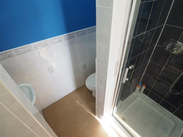 En-Suite Shower Room 556
