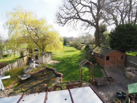 Sizeable Rear Garden 339