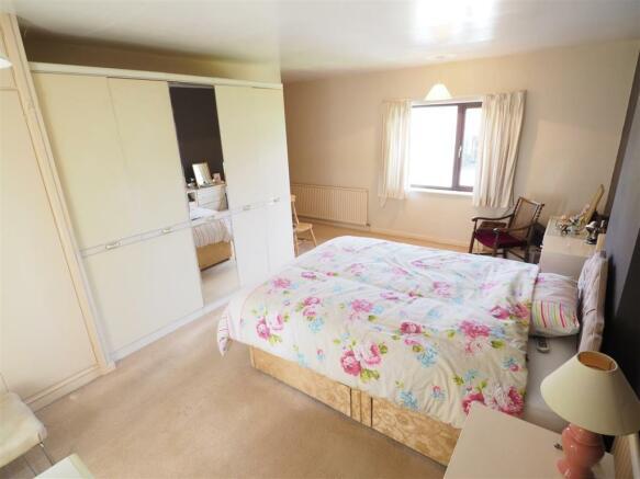 Master Bedroom 334