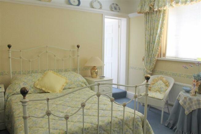 GROUND FLOOR BEDROOM 4