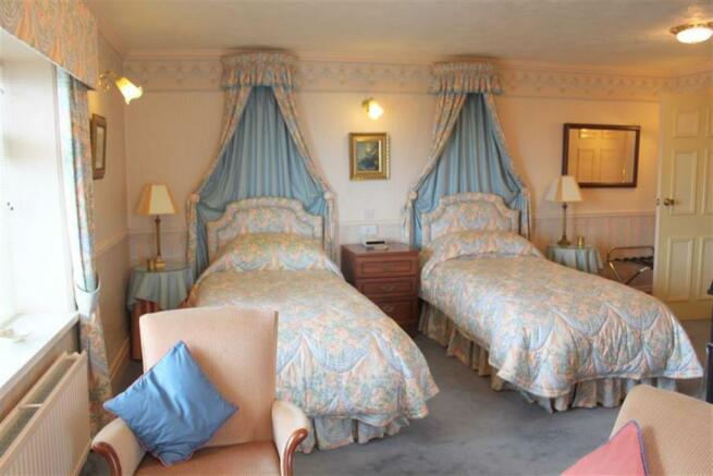 GROUND FLOOR BEDROOM 3