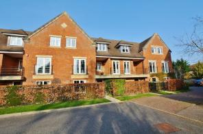 Photo of Beaconsfield - walk to town
