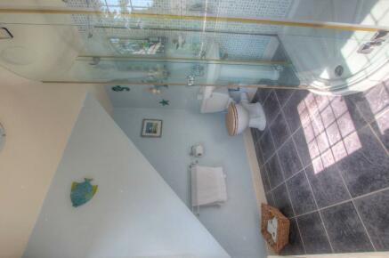 Ens-suite Shower