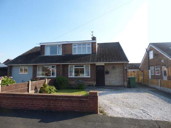Detached Dormer Bungalow For 9: 3 Bedroom Bungalow For Sale In SUSAN DRIVE, PENKETH
