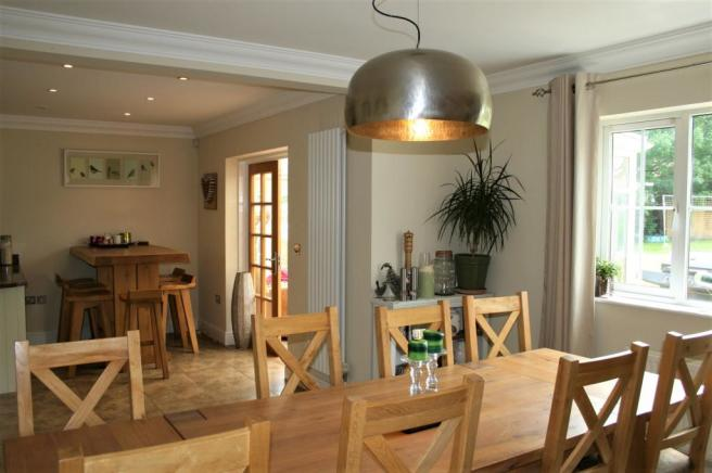 Dining Area Towards Breakfast Area & Conservat