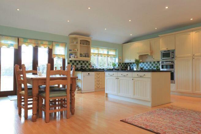 Kitchen and fa...