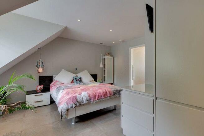 Bedroom 2 (wit...