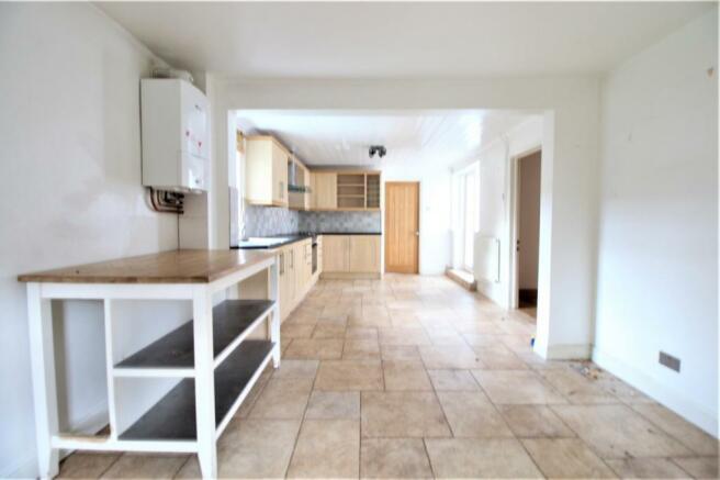 kitchen brast room