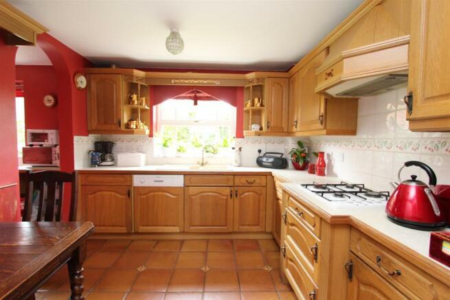 IMG_6831 Kitchen.JPG