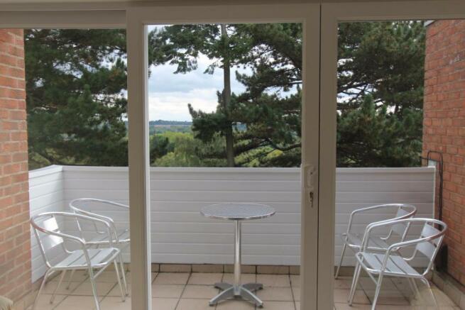 11 Lime Court patio doors.jpg