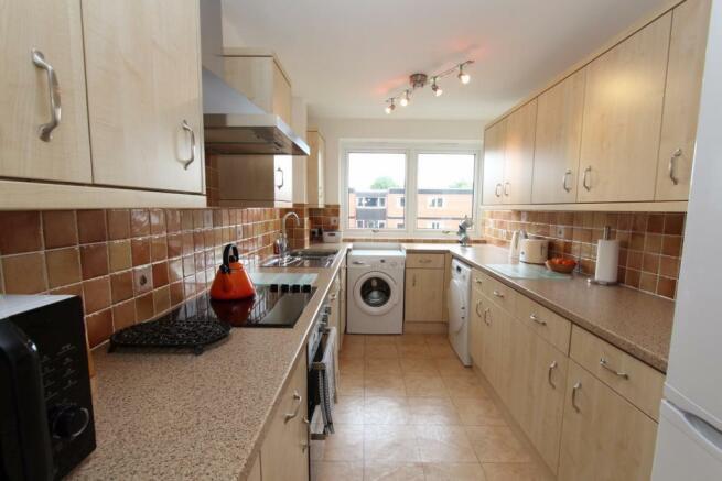 111 Lime Court kitchen.jpg
