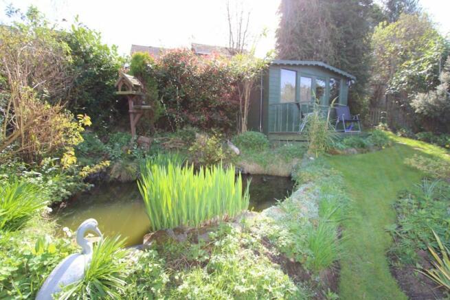 48 Austcliffe Road garden.JPG
