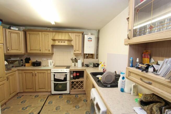 Flat 3, Kitchen_0668.JPG