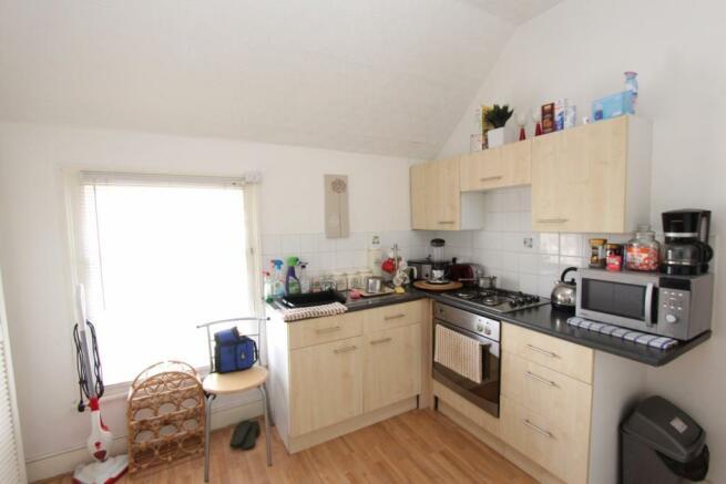 Flat 1 - Kitchen_0692.JPG