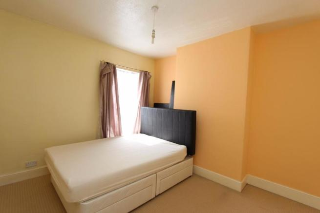 Bedroom One_0815.jpg