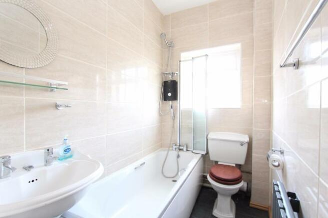 Bathroom_0810.jpg