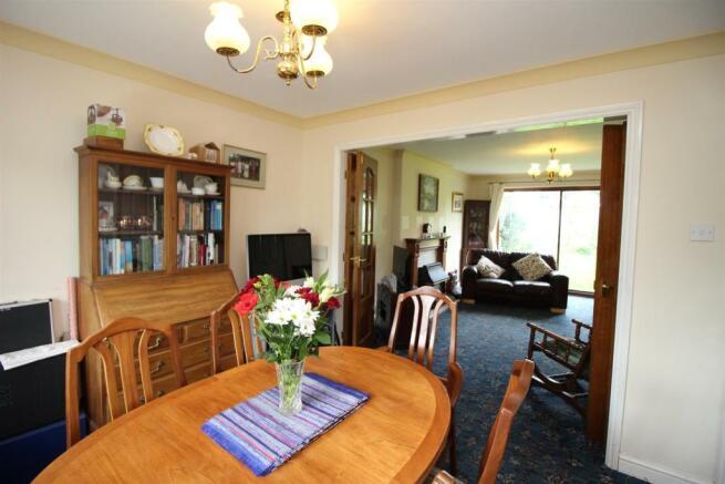 29 Ridleys Cross dining room.JPG