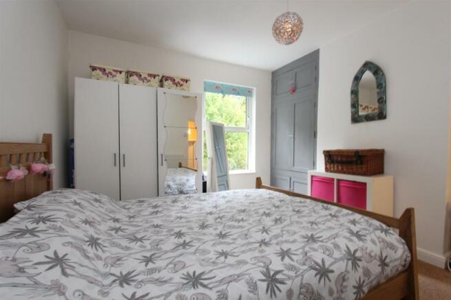 37 Gilgal bed1.jpg