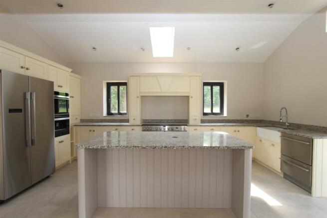 The Oaks kitchen 2.jpg