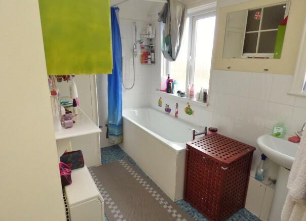 Bathroom 34c