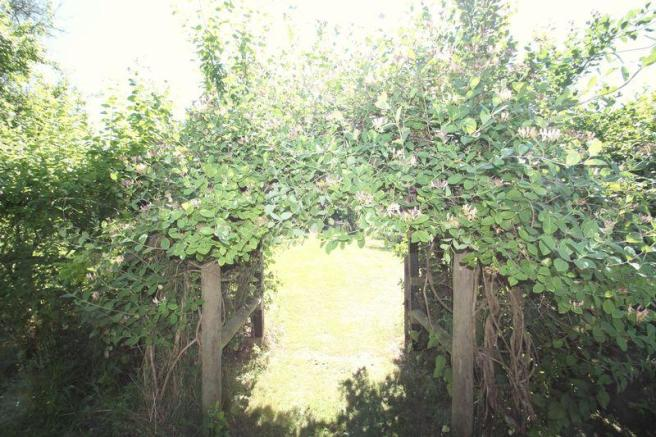 Arch through t...