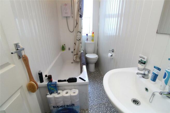 F4 Bathroom