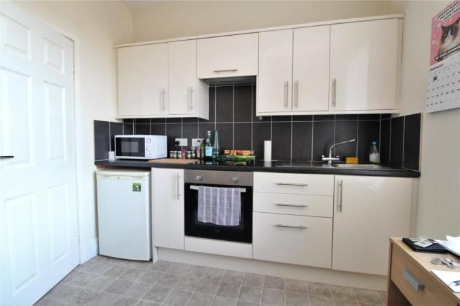F4 Kitchen
