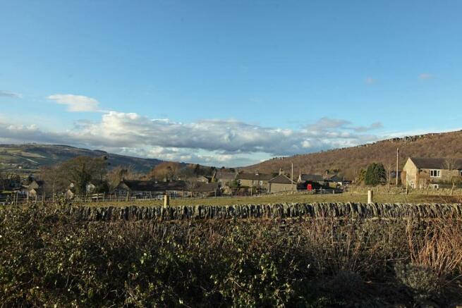 2 Chatsworth View