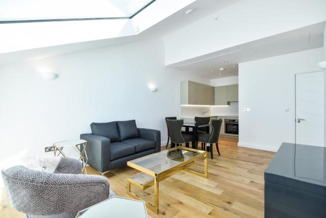 LIVING SPACE (Main)
