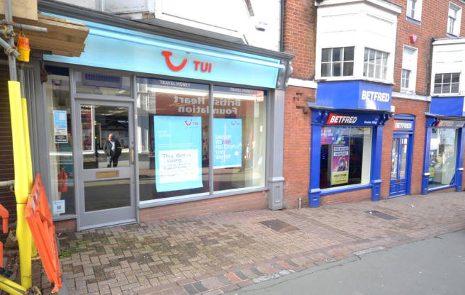 414e1d9c51e44f Retail Property (high street) to rent in 173 High Street, Ryde, Isle ...