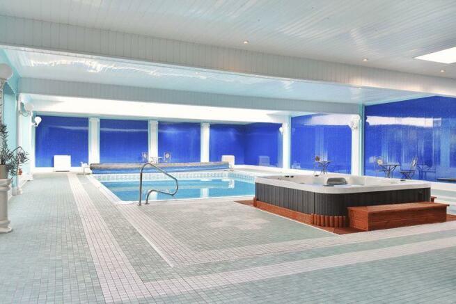 9m x 6m Pool