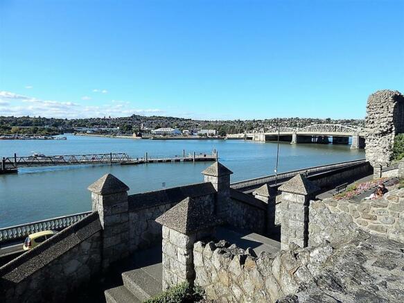 Castle/River
