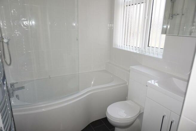 Newly fitted Modern Bathroom