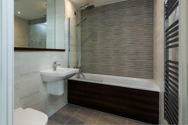 ORegent Bathroom.PNG