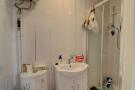 Studio 4 shower room