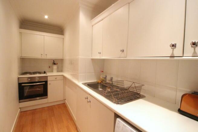 Trefoil_Kitchen_50