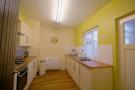 KITCHEN(OAK DOORS THROUGHOUT PROPERTY)