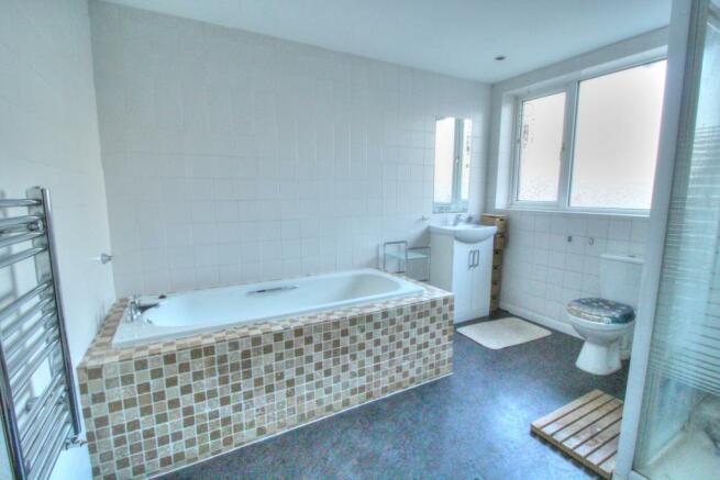 Prince- Bathroom