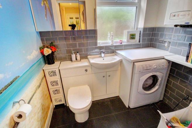 Utility/downstairs wc