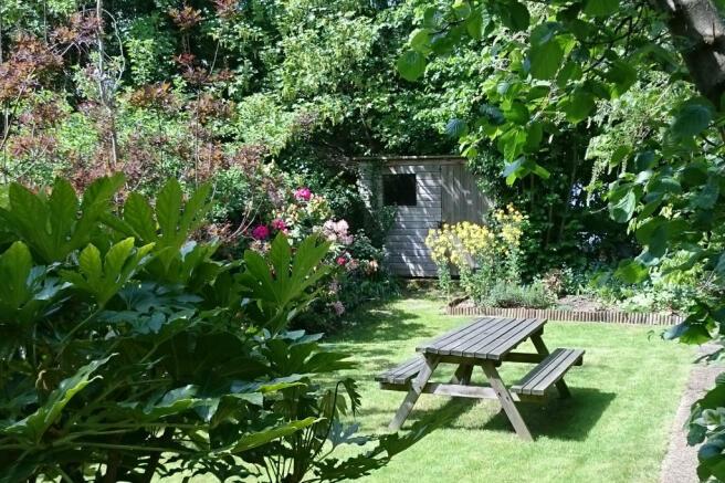 Garden1_land