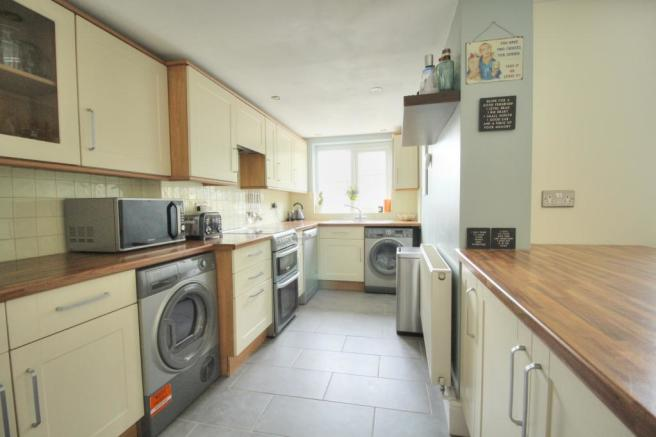 Chester - kitchen
